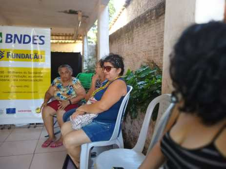 Fotos da reunião na Associação Maria Rita, no Planalto, Natal, dia 8-11-2019. Participaram da reunião 13 mulheres.